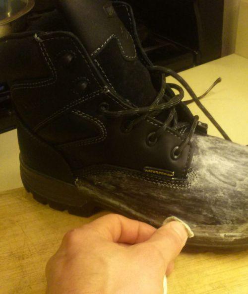 Как сделать ботинки действительно водонепроницаемыми