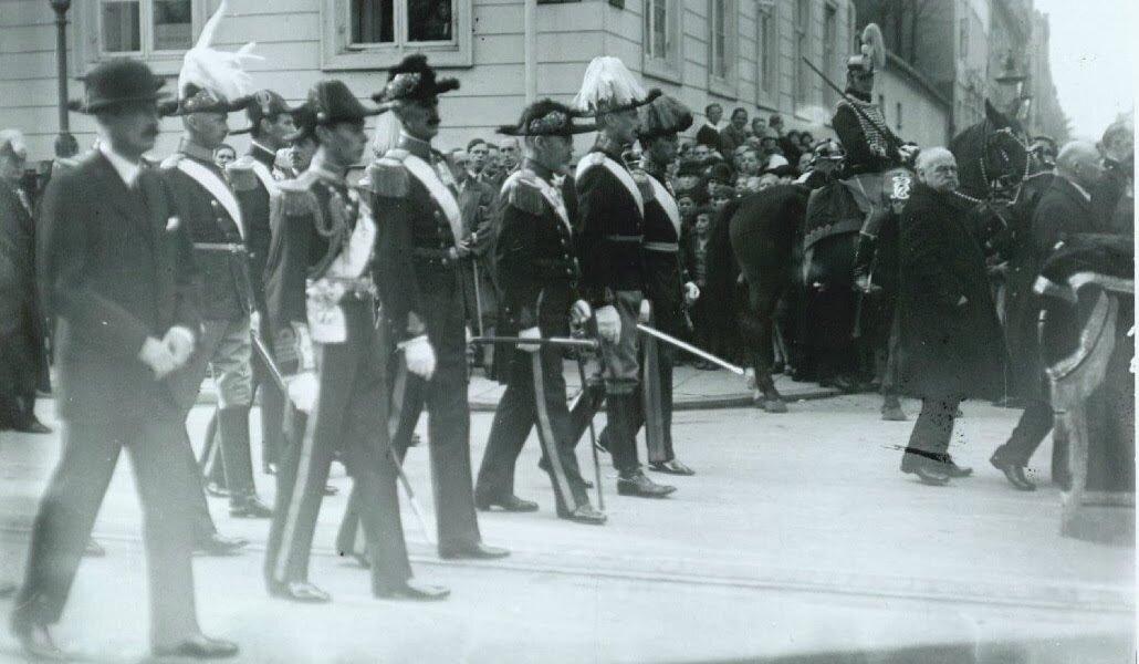 06.Траурная процессия. На снимке: король Кристиан X, король Густав Адольф, король Хокон, король Фредерик IX