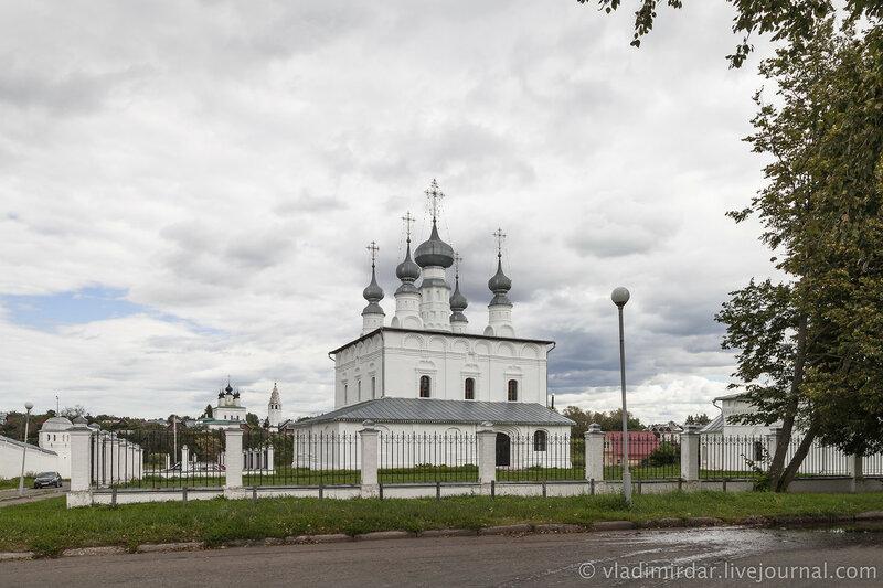 Петропавловская церковь. Суздаль.