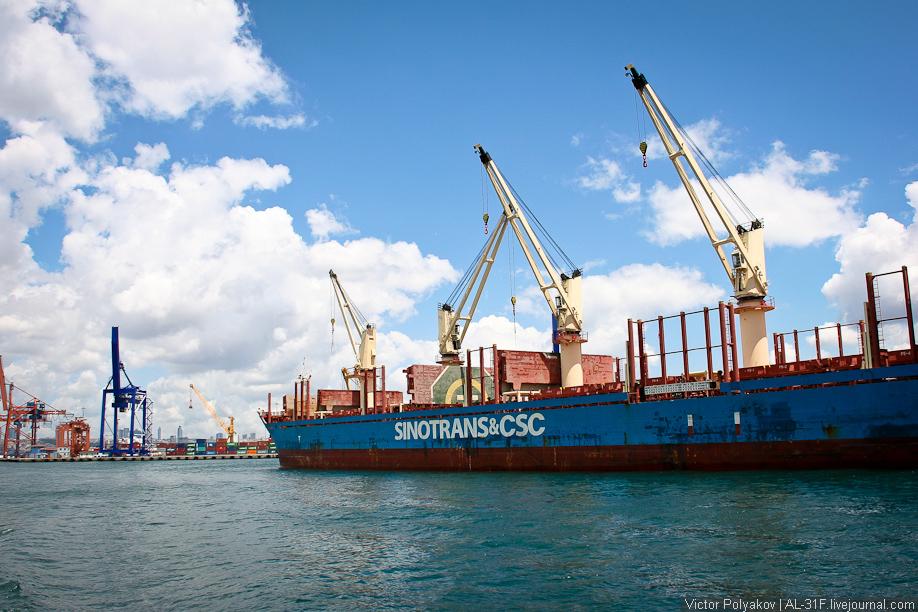 Стамбул. Порт в азиатской части
