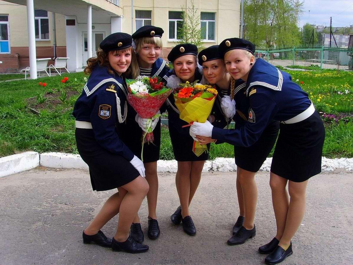 Морячки - мечты моряков: Лица девушек в морской форме (1)