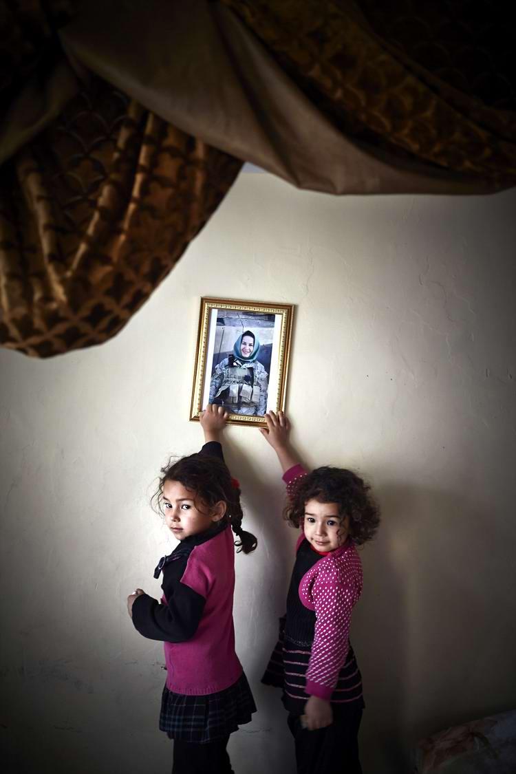 Афганские женщины из спецподразделений МВД Афганистана: картинки из жизни (19)