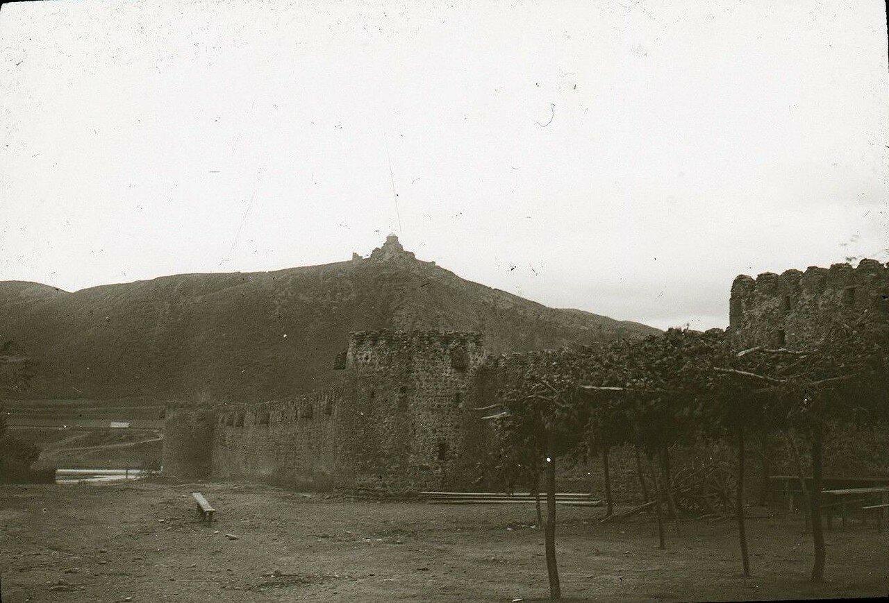 43. Мцхета. Стены крепости