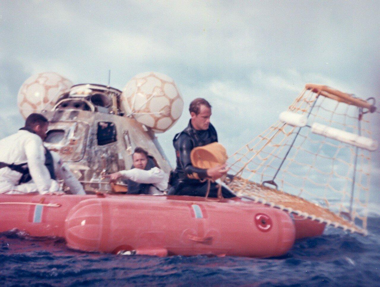 Мягкая посадка в Тихом океане