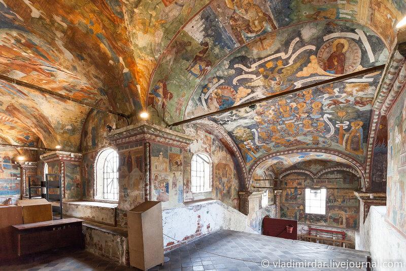 Настенные росписи Ильинской церкви в Ярославле