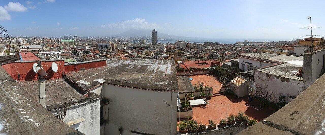 Неаполь. Вид с обзорной площадки Санта-Лючия