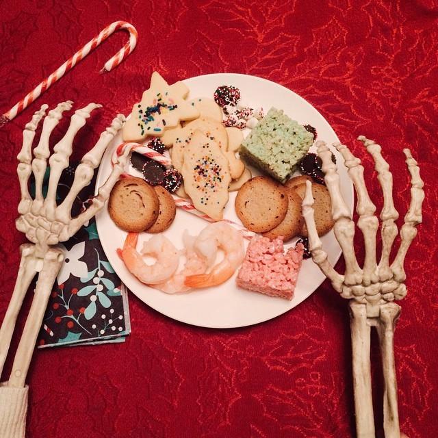 скелет-пародия-на-девушек2.jpg