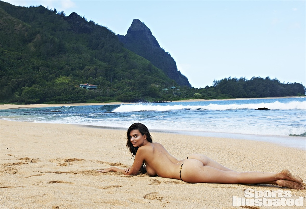 Ирина Шейк в купальниках Sports Illustrated Swimsuit 2015 - Emily Ratajkowski by Yu Tsai in Kauai