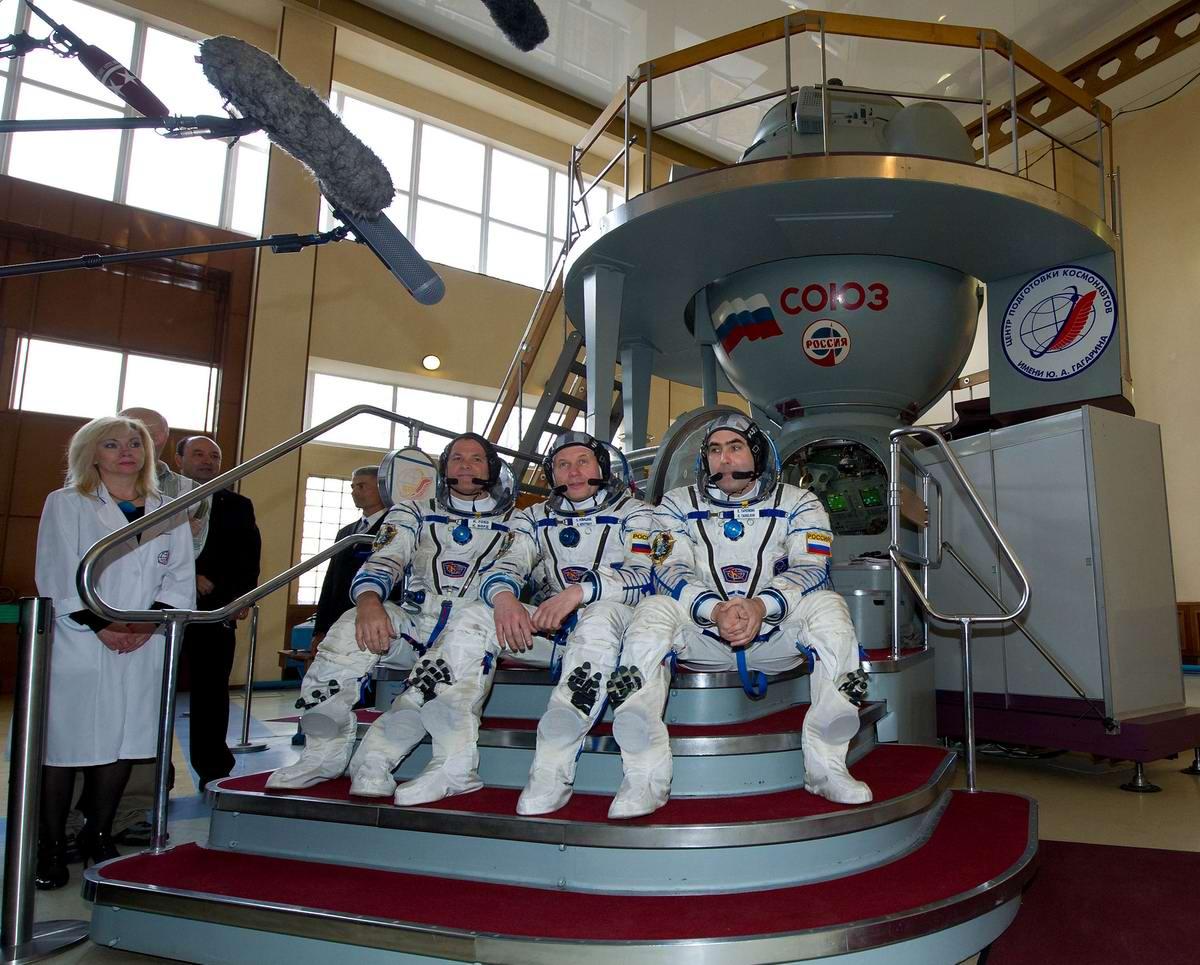 И на Марсе будут яблони цвести: О современных покорителях космоса (1)