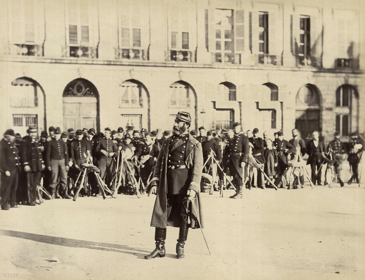 15. Командующий Национальной гвардией полковник Майер