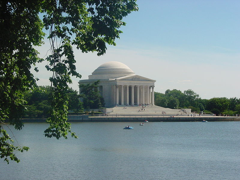 800px-Jefferson_Memorial_as_seen_from_across_the_Tidal_Basin_in_Washington_DC.jpg