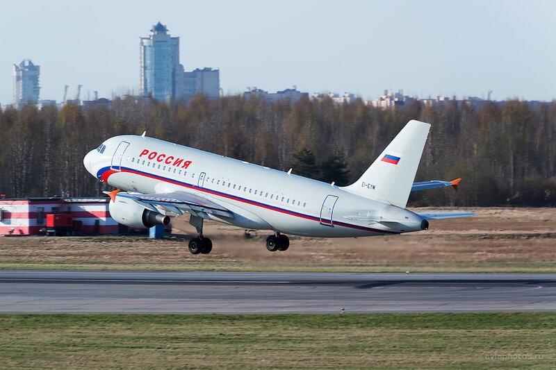 Airbus A319-111 (EI-EYM) Россия D804475