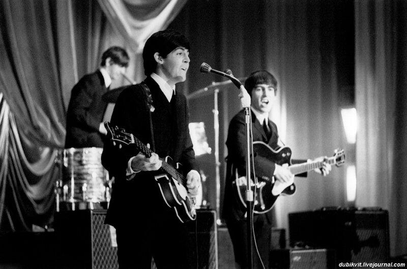 18 The Beatles - UK Tour, 1963.jpg
