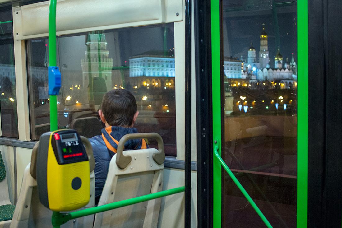 схема движения ночных автобусов в москве