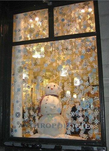 Новогодние идеи. Как украсить окна