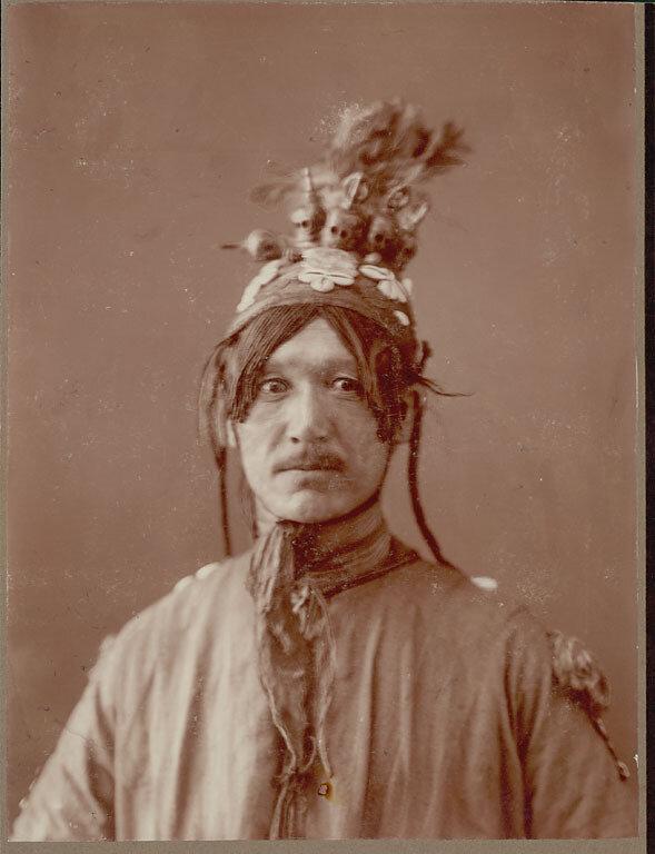 Урянхайский шаман