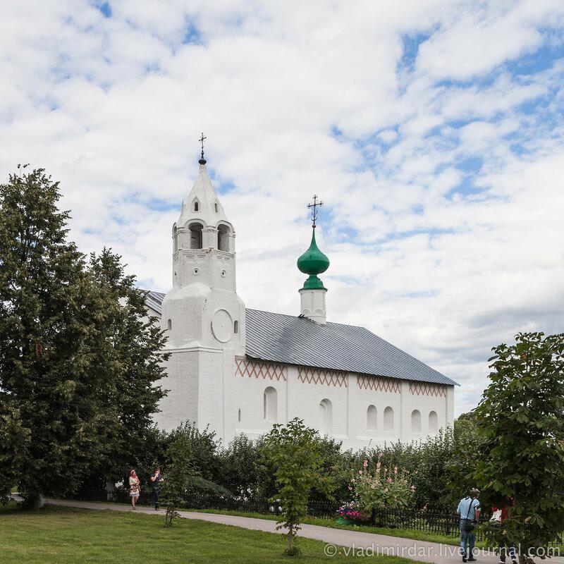 Зачатьевская церковь. Свято-Покровский монастырь в Суздале.