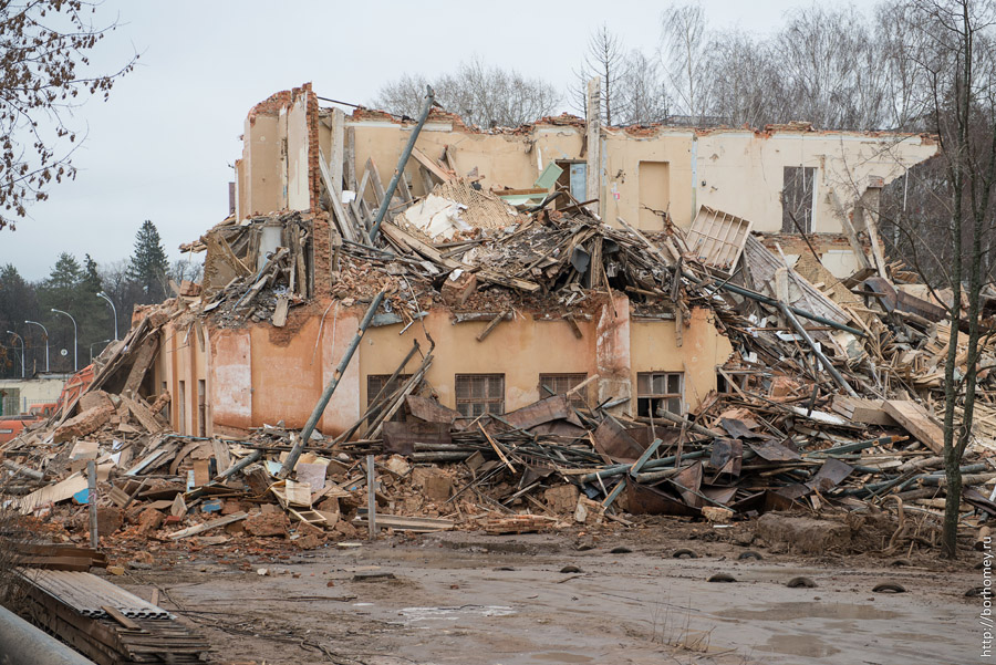 вечерняя школа саров снос здания