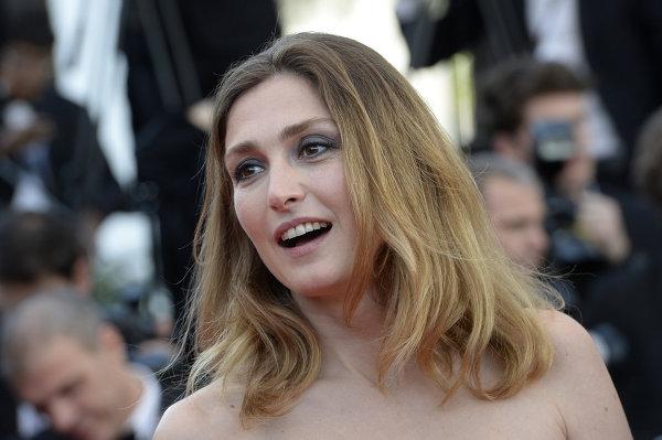 Еще один французский президент женится на артистке - Франсуа Олланд