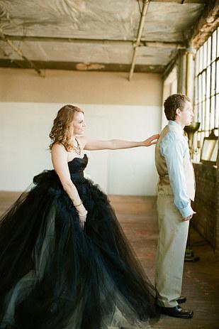 черное-свадебное-платье18.jpg