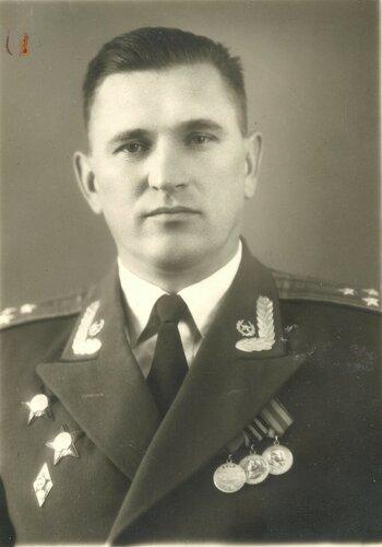 Юрпольский И.И. нач. ОКВУ 1954-57 г.г (1).jpg