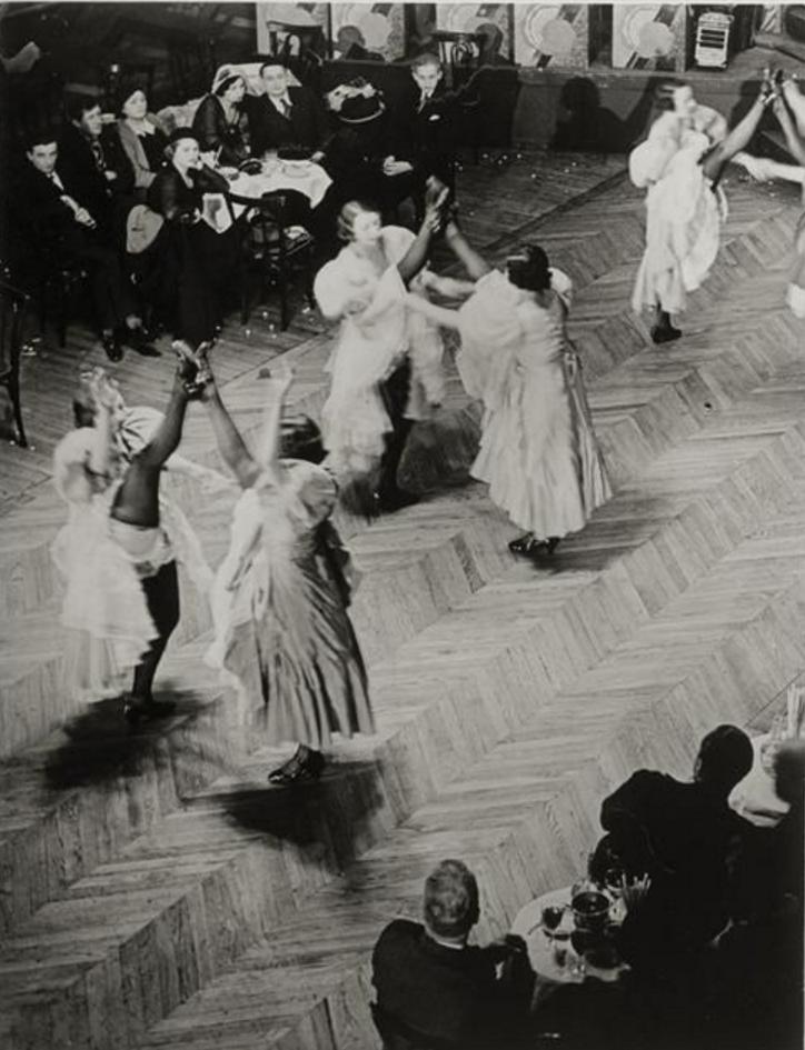 1930-32. Канкан в «Табарине»