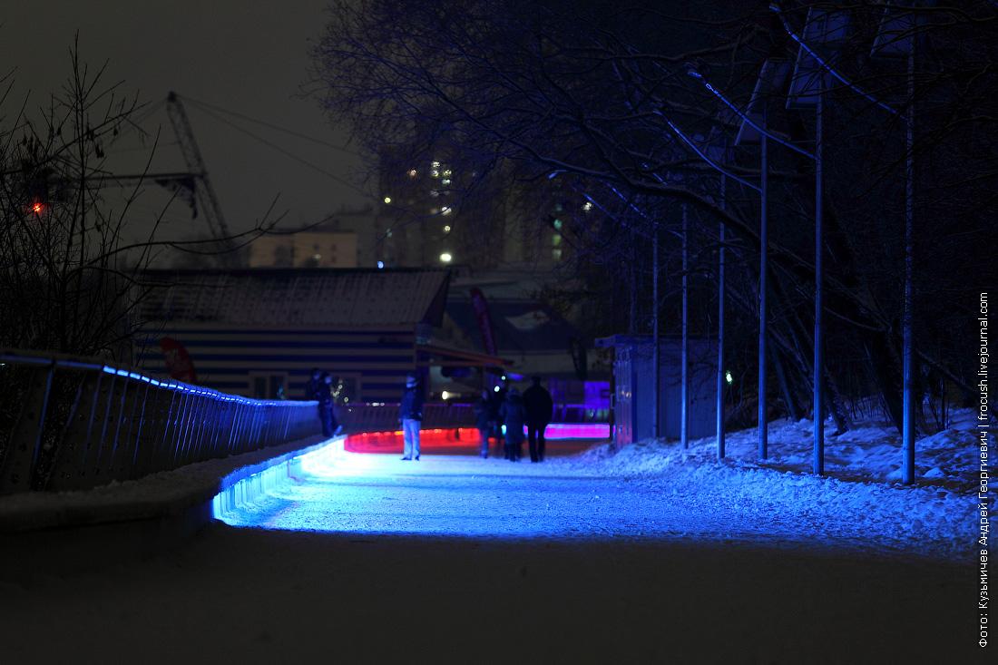 подсветка набережной в парке Северное Тушино
