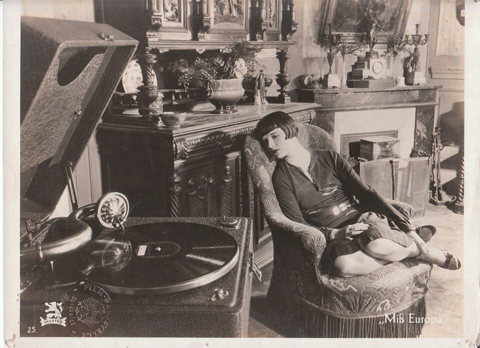 Louise Brooks record  player.jpg