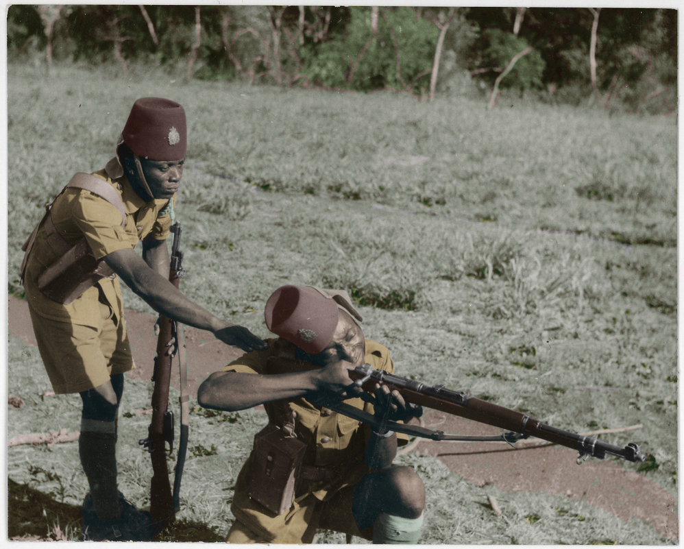 congolese_soldiers_wwii_colorized_by_oldhank-d8l78xh.jpg