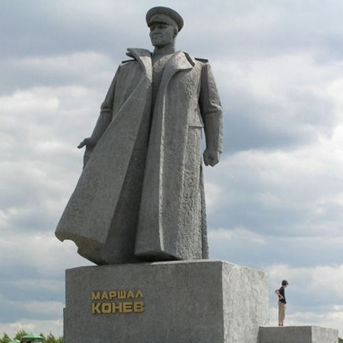 Памятники отреставрируют ко Дню Победы