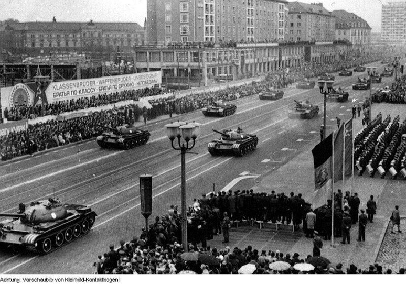 Советско-немецкий парад в Дрездене