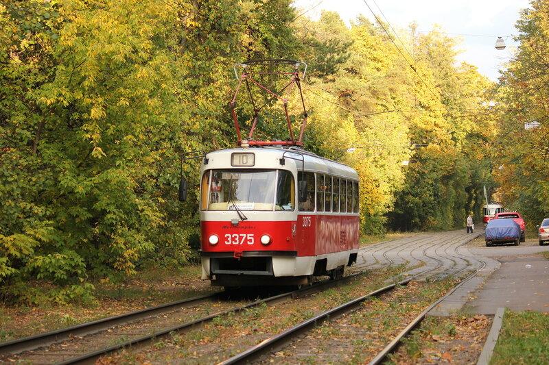 Трамвай 3375 на остановке Диспансер