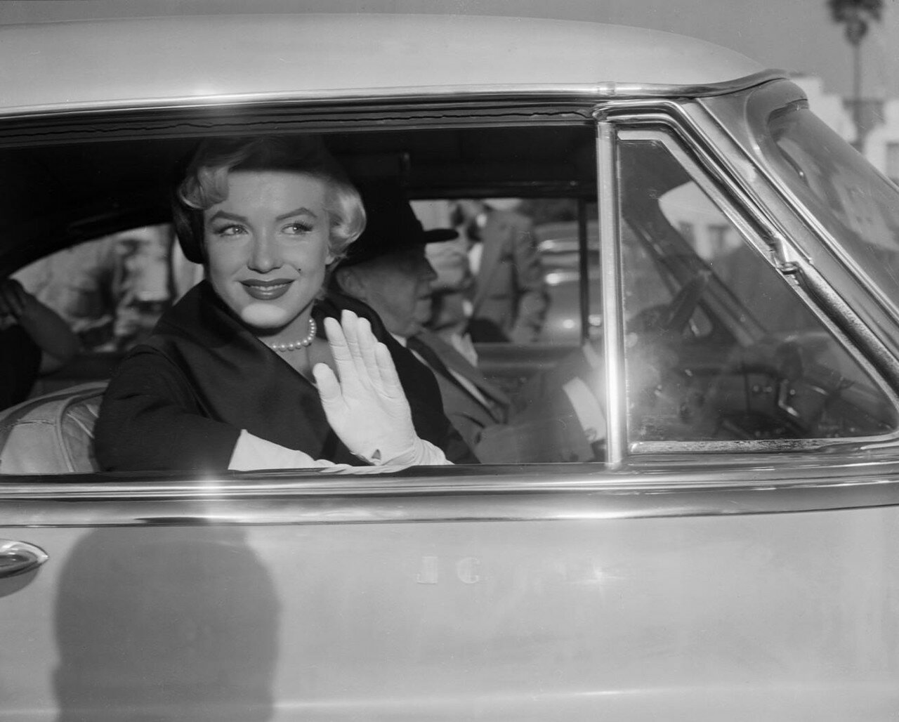 Marilyn Monroe Leaving Court