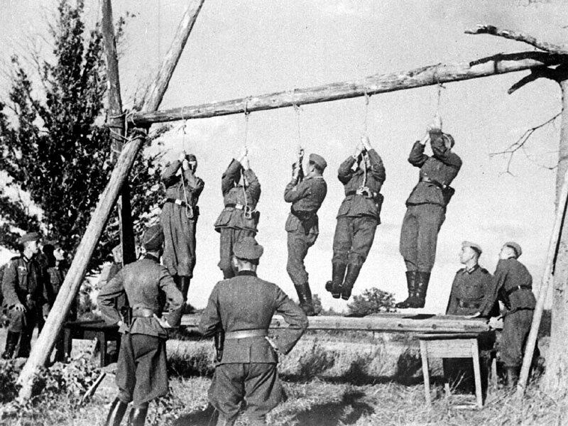 идеология фашизма, что творили гитлеровцы с русскими прежде чем расстрелять, издевательства фашистов над мирным населением, партизанская война, партизаны ВОВ