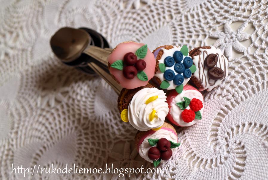 пирожные, вкусные ложки