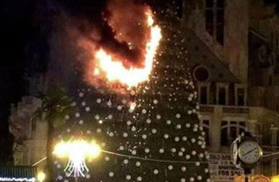 елка горит.jpg
