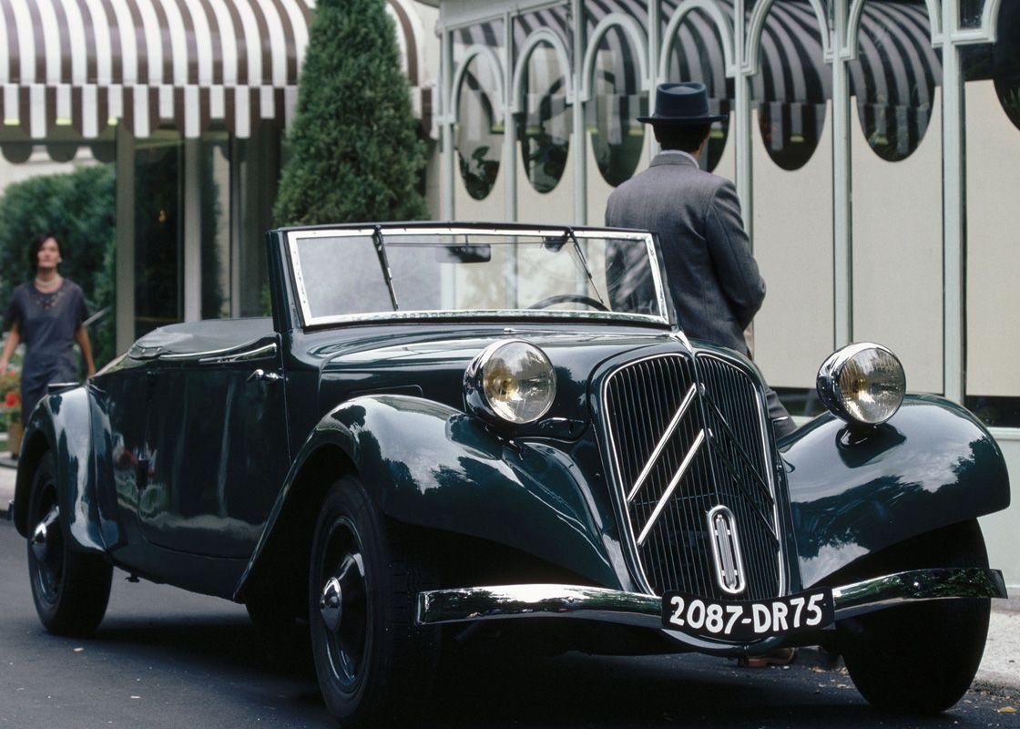 24 Fiat 2800 Berlina (1938)