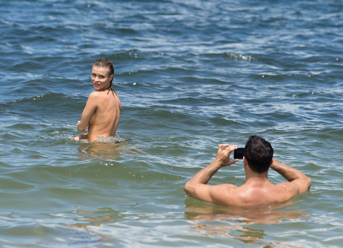 Секс во время купания фото 5 фотография
