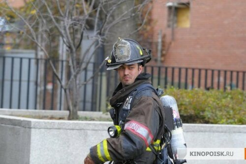 kinopoisk.ru-Chicago-Fire-2029053.jpg
