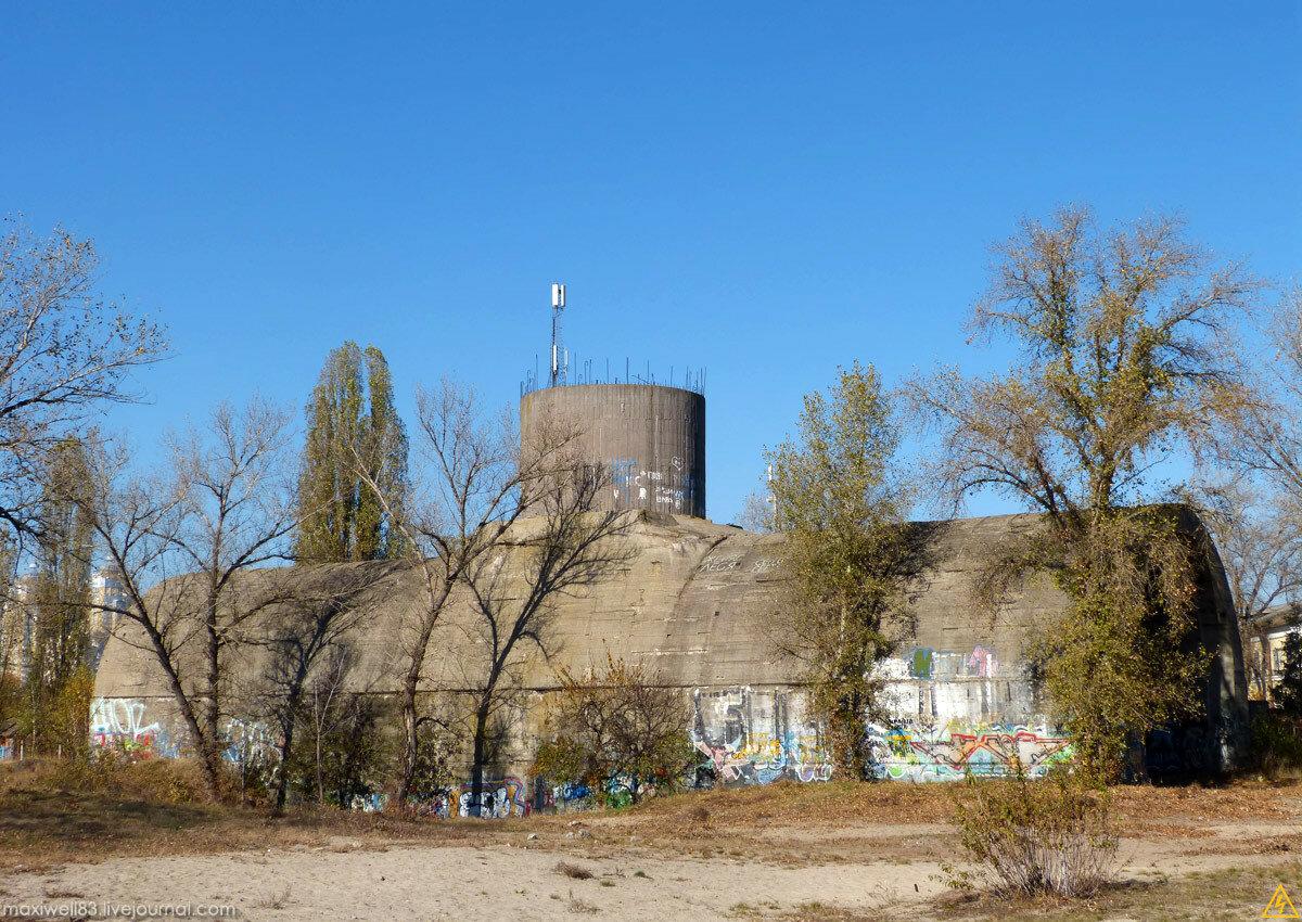 «Сталінське метро» або недобудовані залізничні тонелі під Дніпром