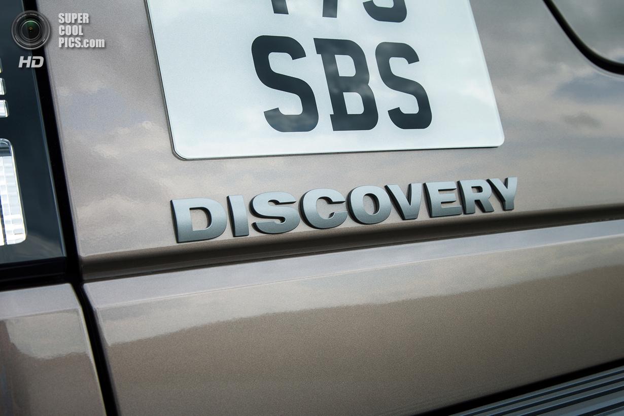 Land Rover Discovery: Порция косметики (15 фото)