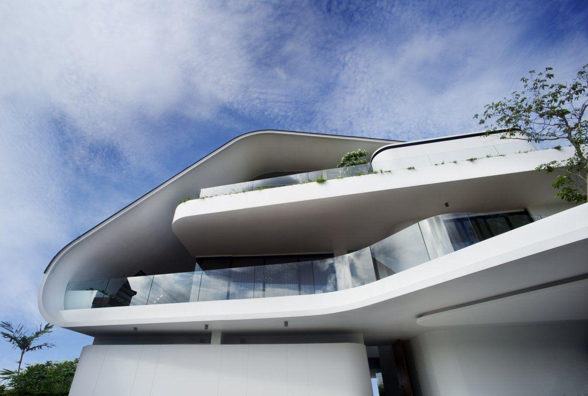 Стильный дом от Aamer Architects