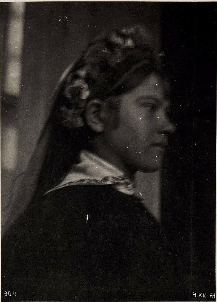 Крестьянская девушка из Владимира-Волынского