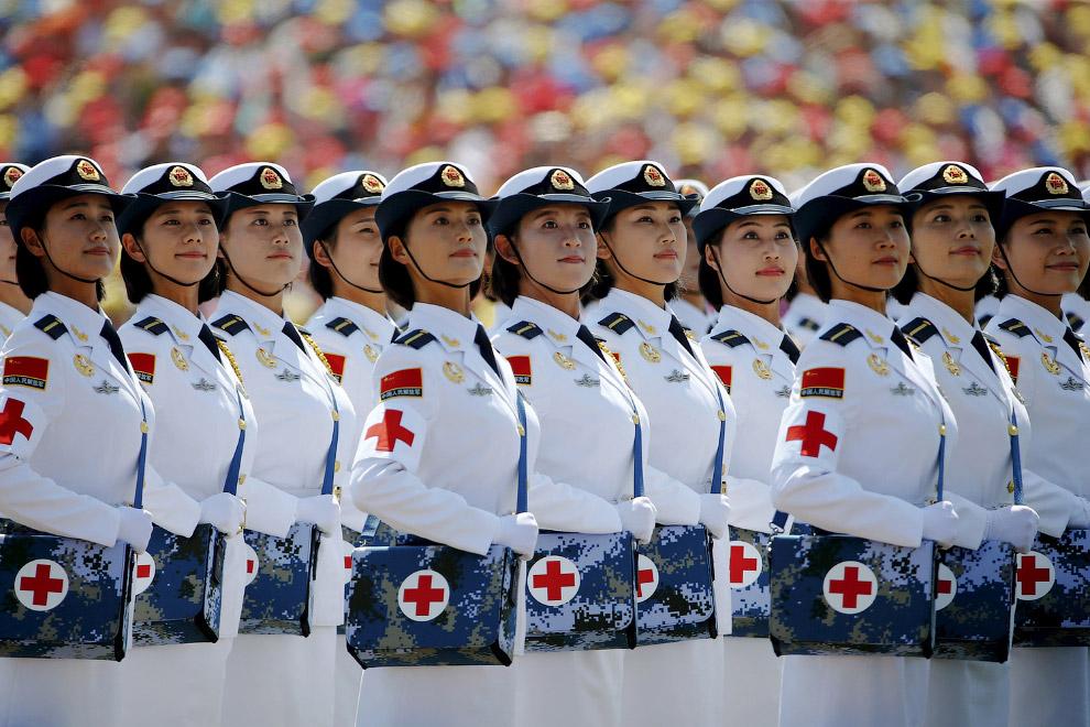 11. Китай показал около 500 единиц военной техники. (Фото Greg Baker):