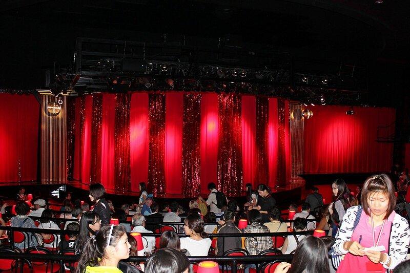 Зал травести-кабаре «Калипсо» (Бангкок)