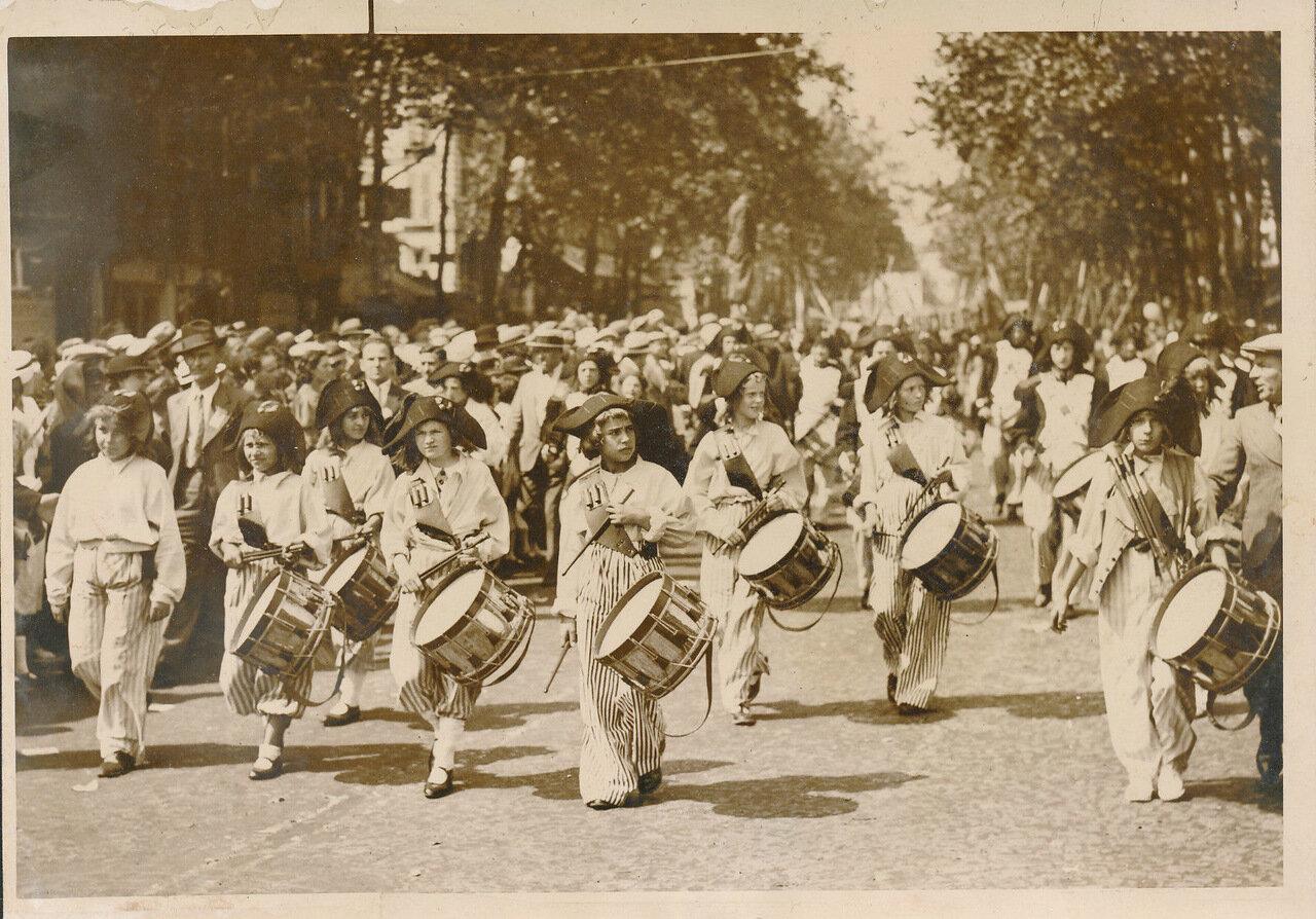 1936. 14 июля. Санкюлоты на площади Бастилии