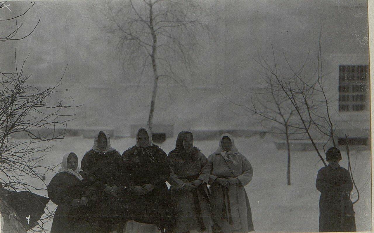 Группа крестьянок