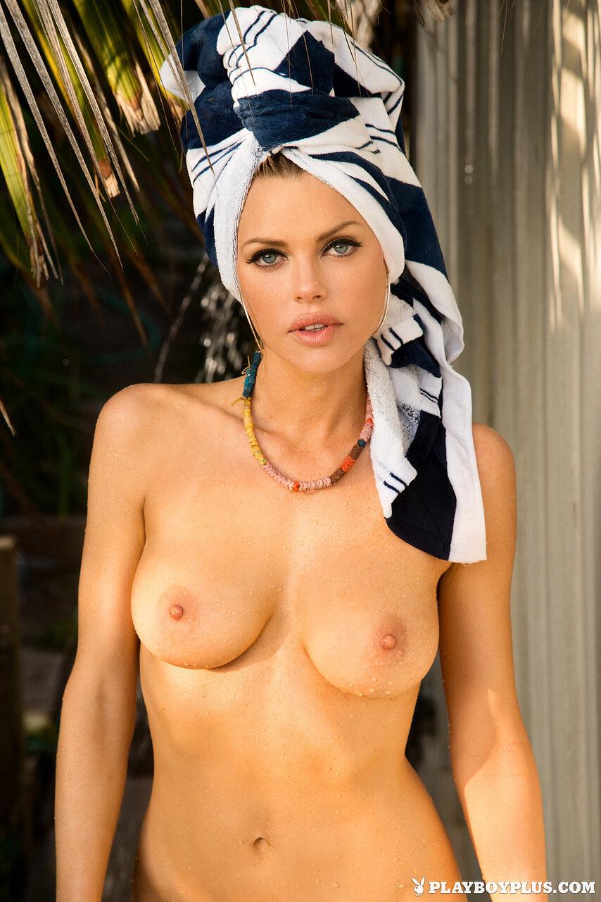 Смотреть бесплатно только голых актрис и певиц 7 фотография