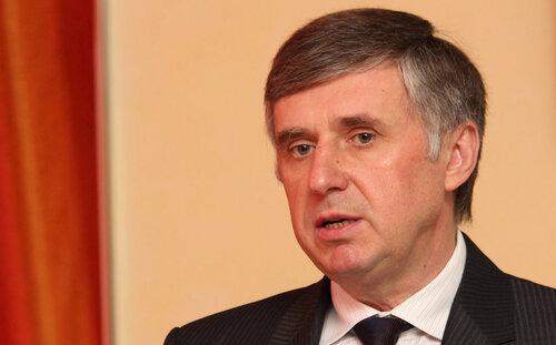 Стурза: «правительство, которое не будет зависеть от партий»