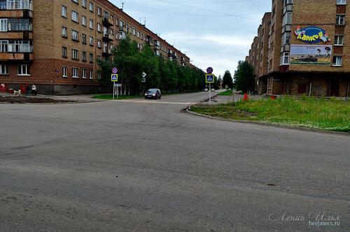 Фото города Инта №8011  Воркутинская16 и 15 02.07.2015_16:48